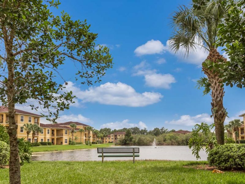 apartments_for_rent_naples_florida_tgm-malibu_lakes_apartments_24