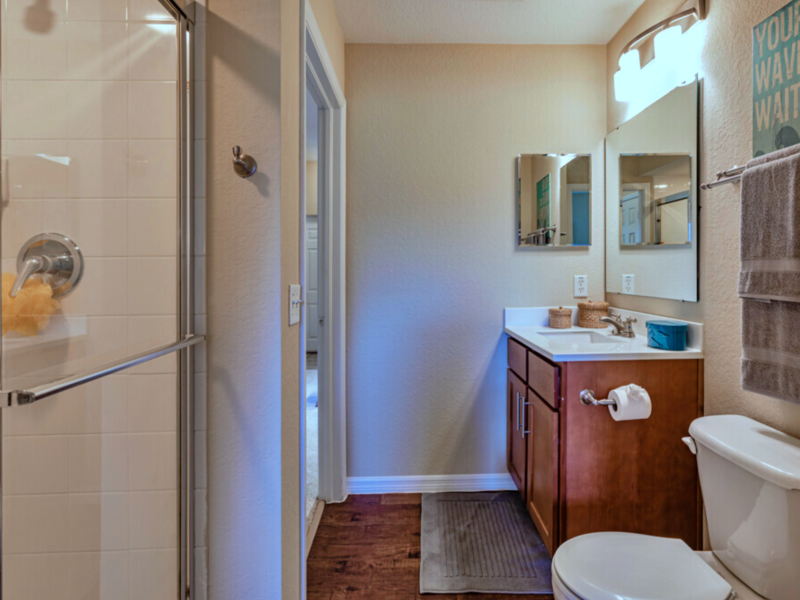 TGM Malibu Lakes Apartments Bathroom 4