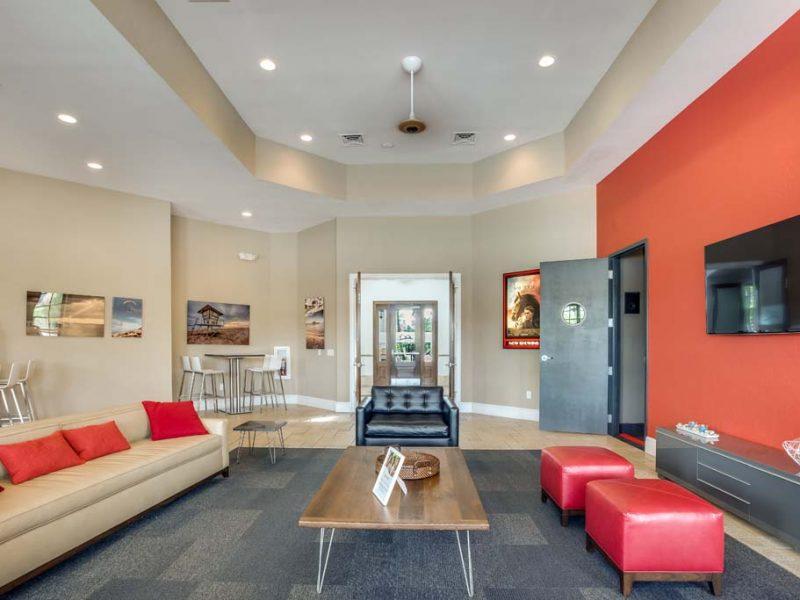 TGM Malibu Lakes Apartments Cafe Lounge 4