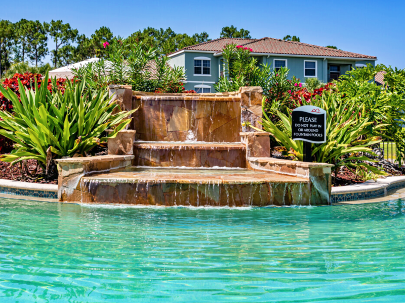 TGM Malibu Lakes Lagoon-style Waterfall and Spa 2