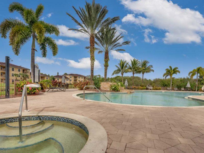 Swimming Pool TGM Malibu Lakes Resort-style 5